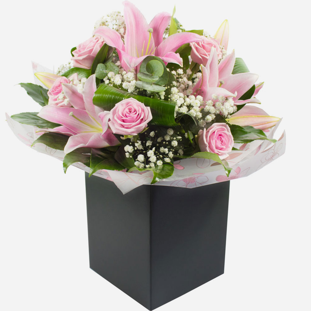 Send same day birthday flowers make your loved ones feel happy with a gorgeous arrangement of birthday flowers izmirmasajfo